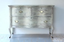 Nantucket Serpentine Chest