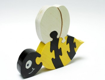 bumblbee-wood-kid-puzzle-4