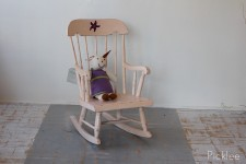 Rosy Pink Starfish Rocking Chair