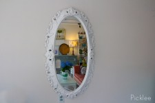 Vintage Oval Baroque Mirror [white]