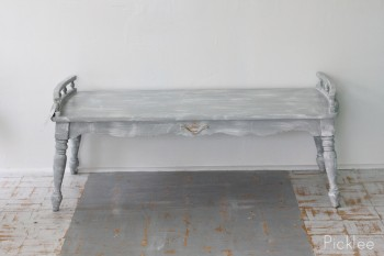 distressed-gray-cottage-coffee-table (1)