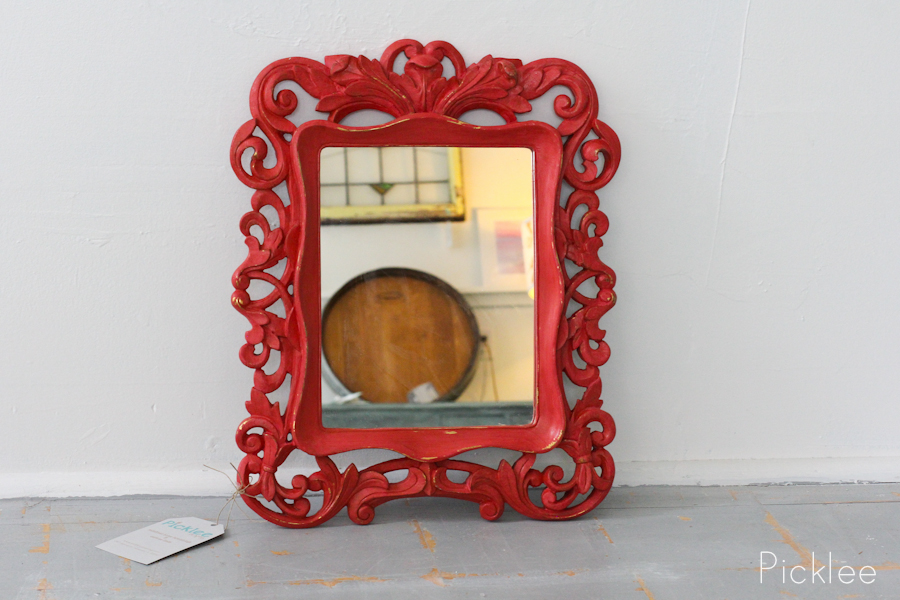 Red gold baroque mirror small picklee on spring for Small baroque mirror
