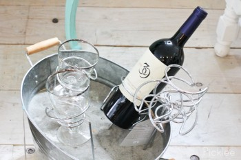 wine picnic stakes (1)