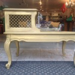 Cleopatra Two Tier Table