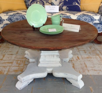 vintage-rustic-coffee-table (1)